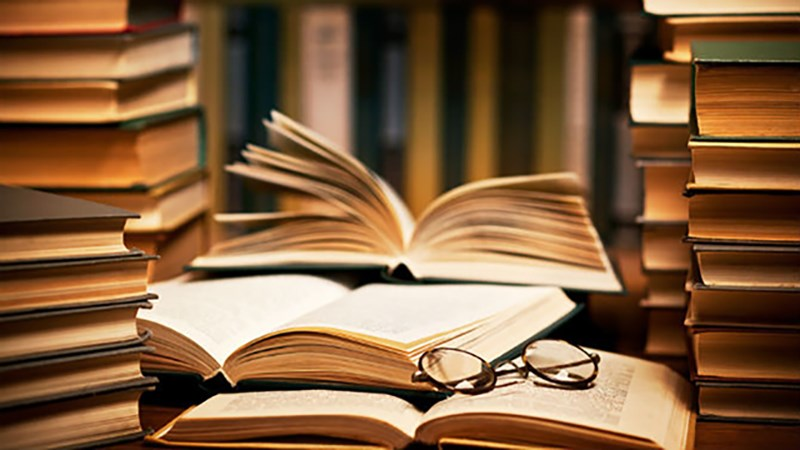 Một cuốn sách trong mơ có ý nghĩa gì? Thông điệp từ sách