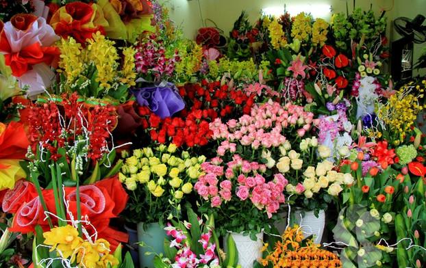 Những giấc mơ thấy mình bán hoa có ý nghĩa gì?