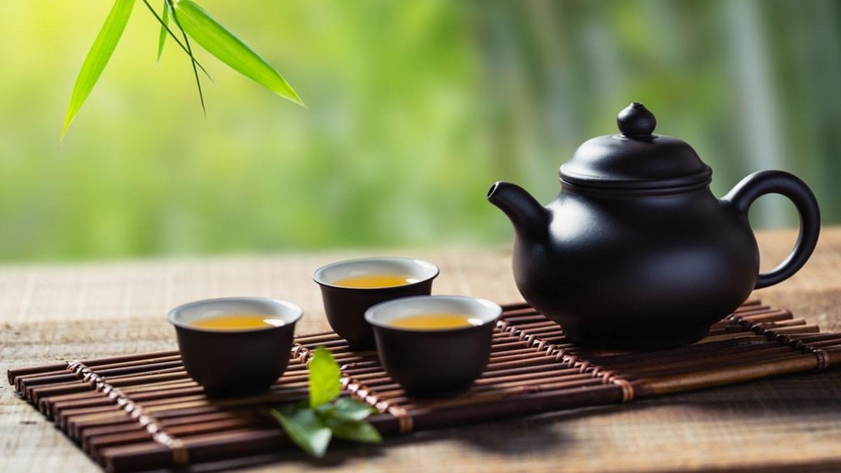 Nằm mơ thấy uống trà đánh lô đề số gì? Giải mã giấc mơ